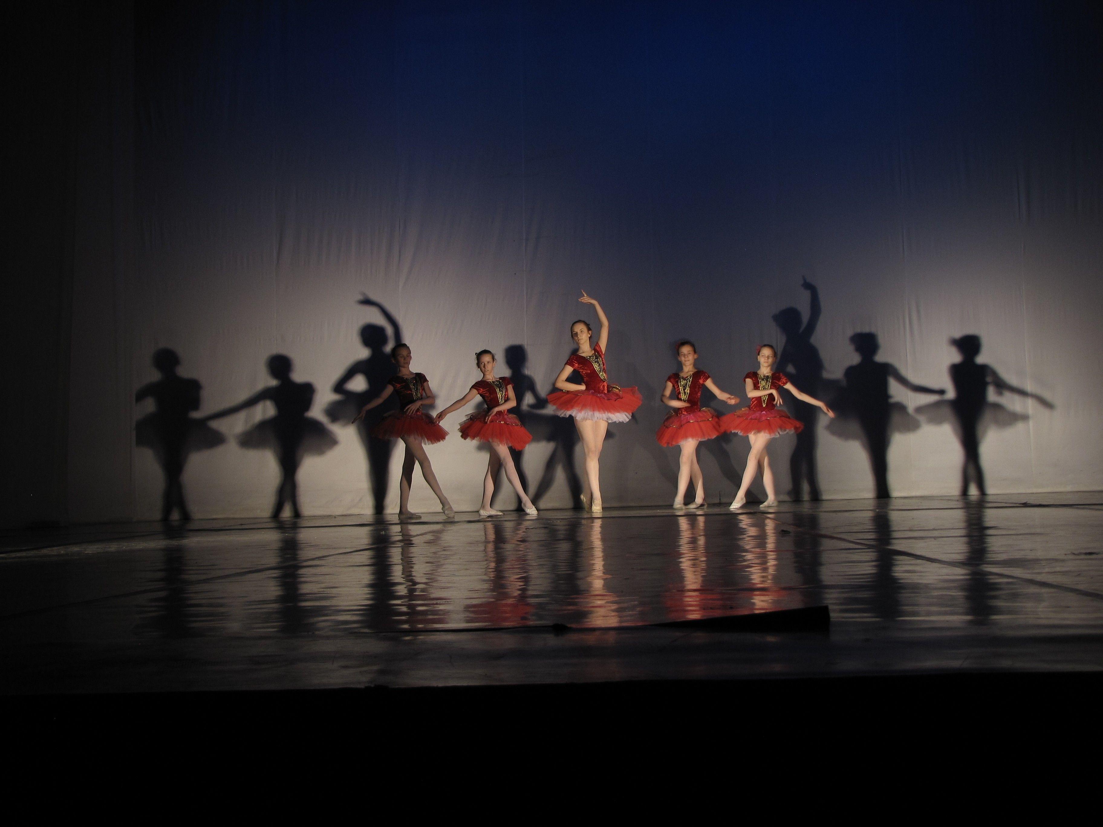 Spotkanie organizacyjne i pierwsze zajęcia sekcji baletowej Piruet