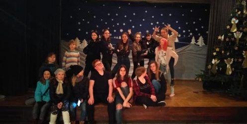 Teatralne świętowanie